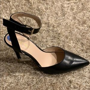 Nine West Pointy Toe Open Back Heel